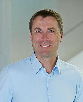 Prof Dr Giso Hahn, Konstanz University